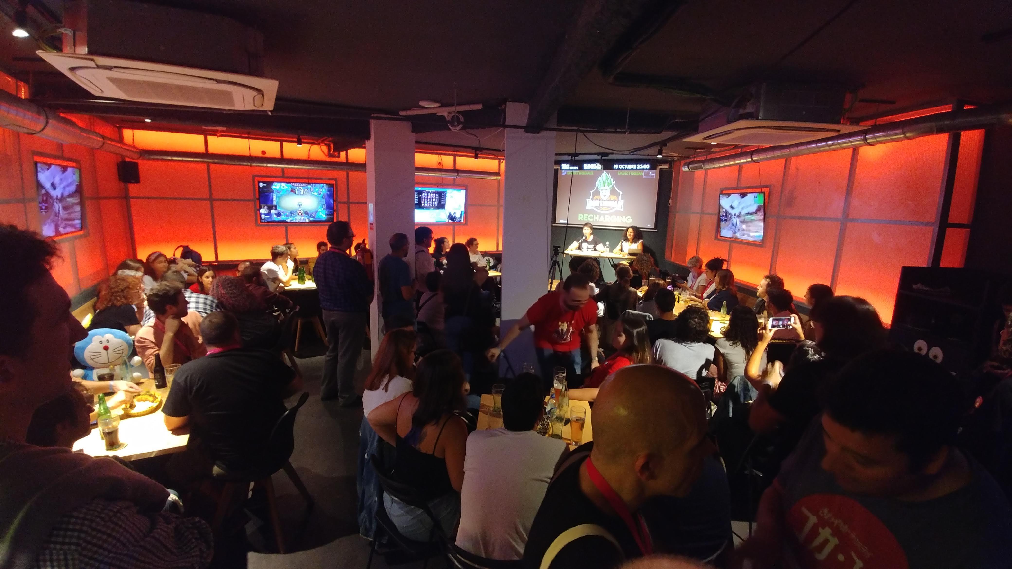 A tronchalomos en vivo en Oh my Game Madrid