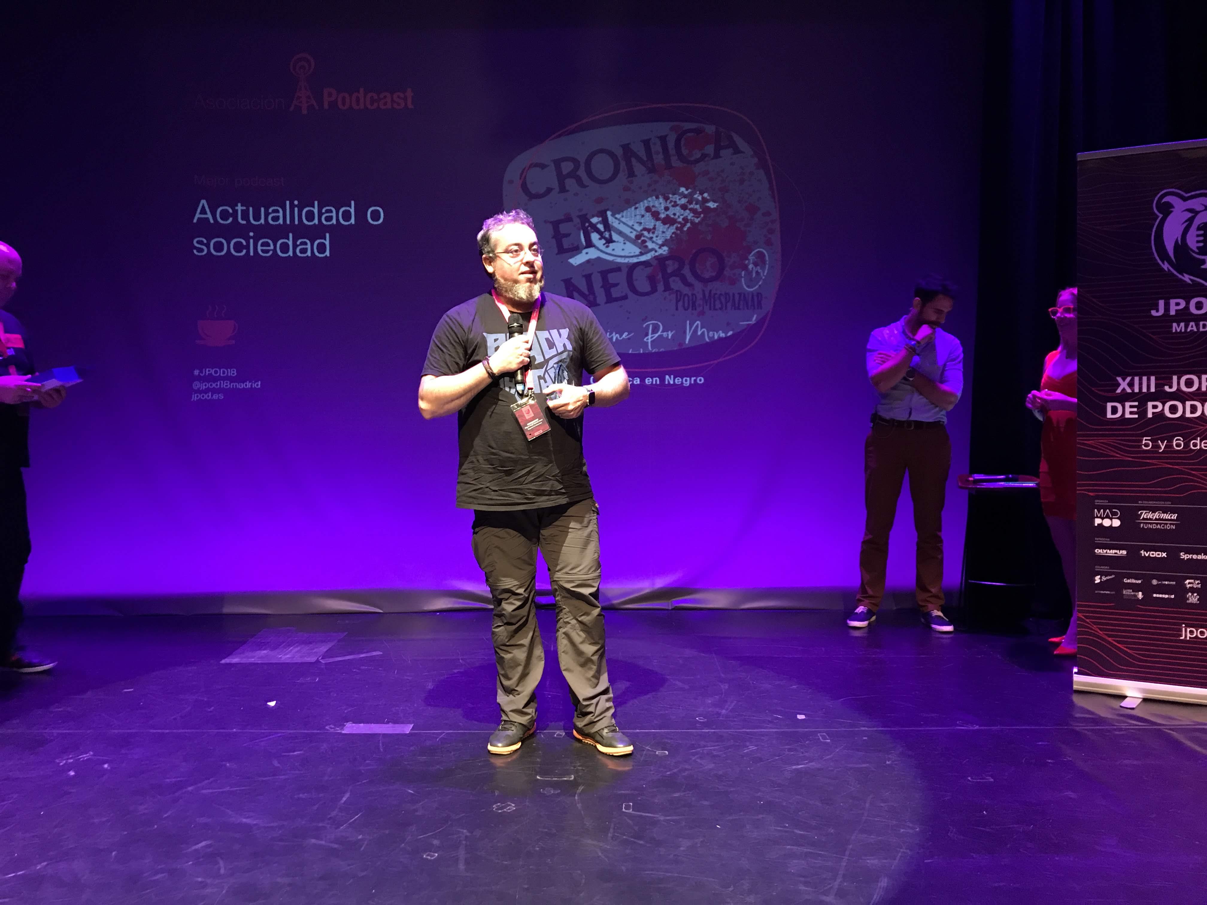 Foto: Alfonso Buenavista - Crónica en negro, ganador del premio al Mejor Podcast de Actualidad y Sociedad 2018 en la IX Edición de los premios de la Asociación Podcast.