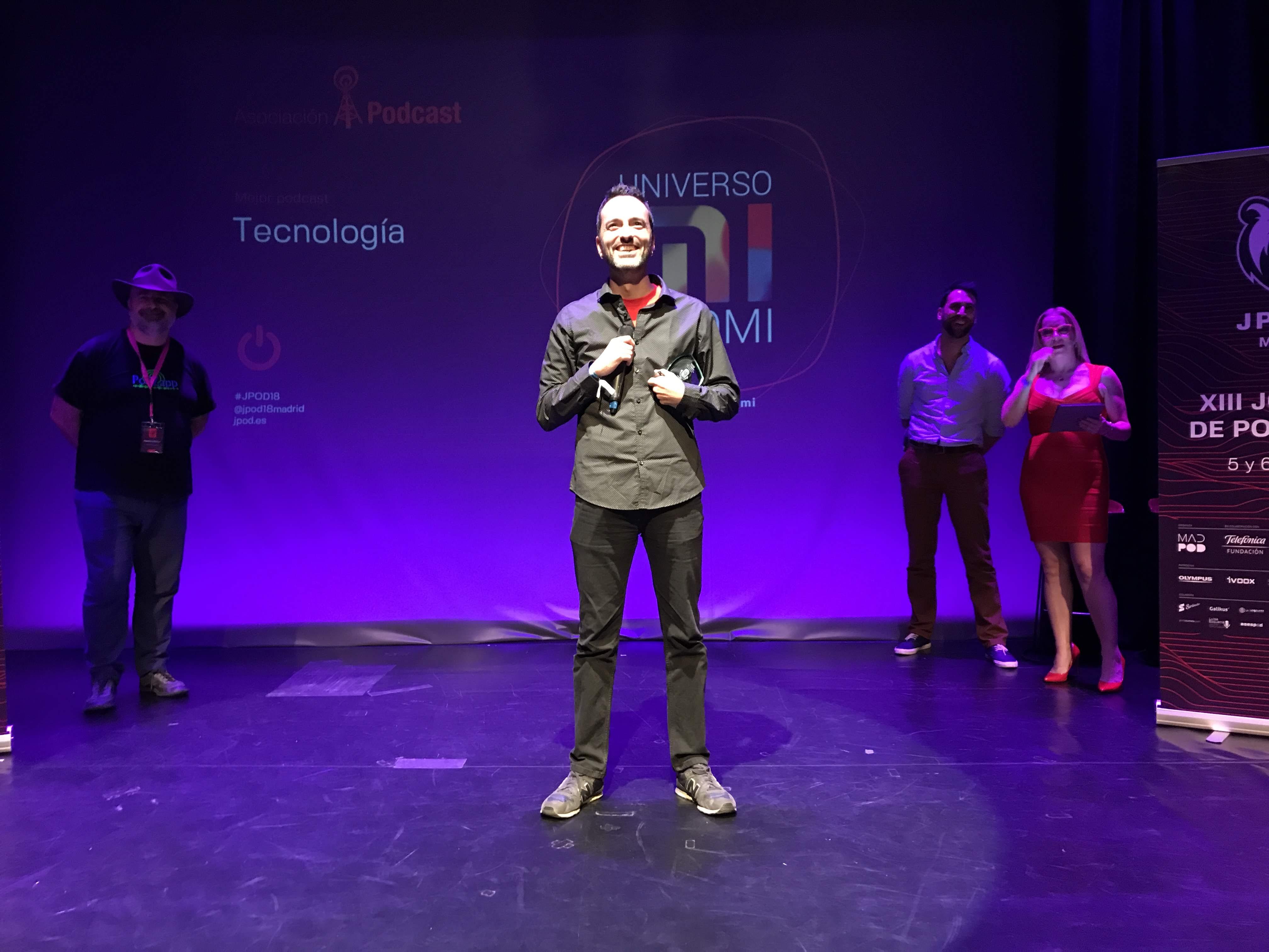 Foto: Alfonso Buenavista - Universo Xiaomi, ganador del premio al Mejor Podcast de Tecnología 2018 en la IX Edición de los premios de la Asociación Podcast.