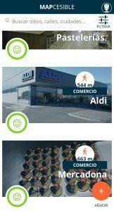 Captura de la aplicación mapcesible donde muestra varios comercios cercanos